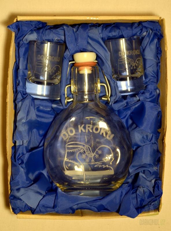 Hlavní kategorie - Malá sada láhev pískovaná Butylka dva panáky 0,2l Do kroku