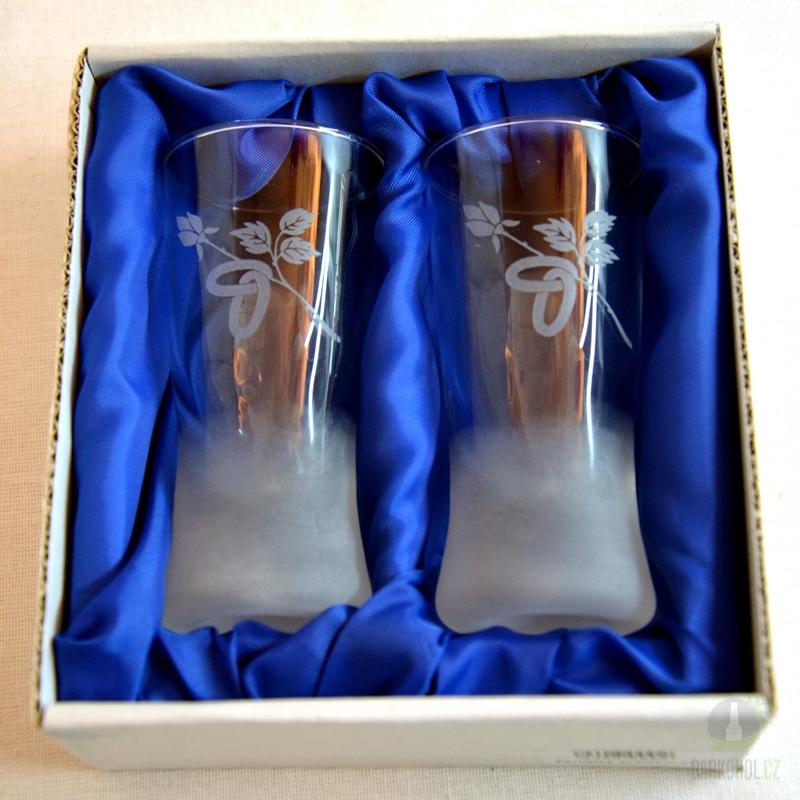 Hlavní kategorie - Panák pískovaný konický svatební Růže zavěšené prstýnky