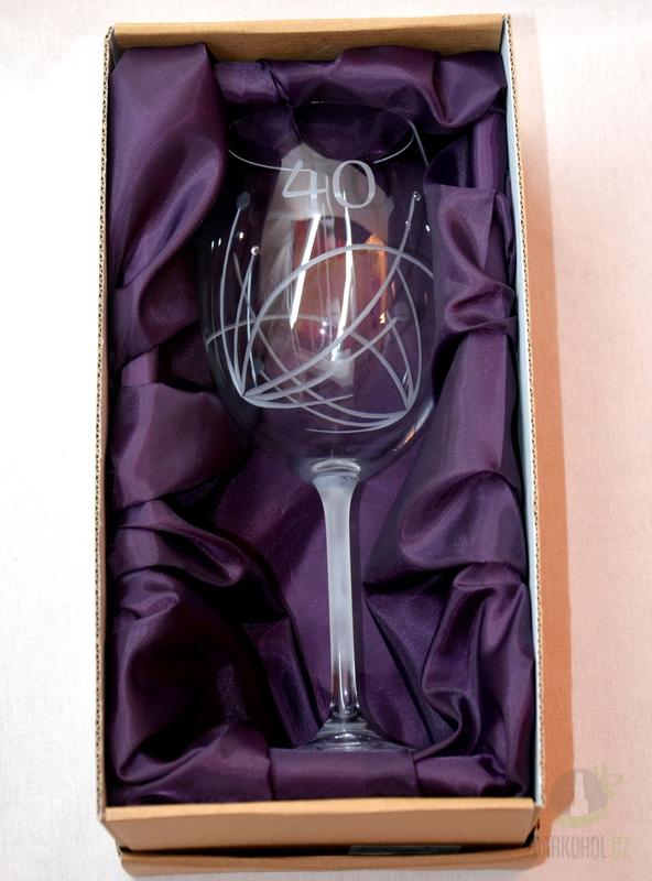 Hlavní kategorie - Sklenice pískovaná výroční s kamínky 40 let