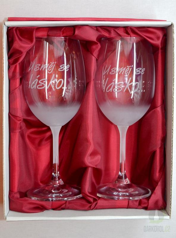 """Hlavní kategorie - Svatební pískované sklenice na víno - """"Usměj se lásko..."""" 0,3l"""