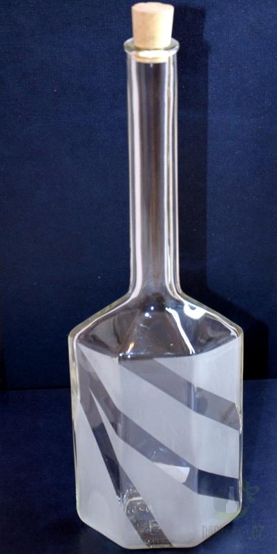 Hlavní kategorie - Lahev pískovaná ve tvaru šestihranu 0,5l