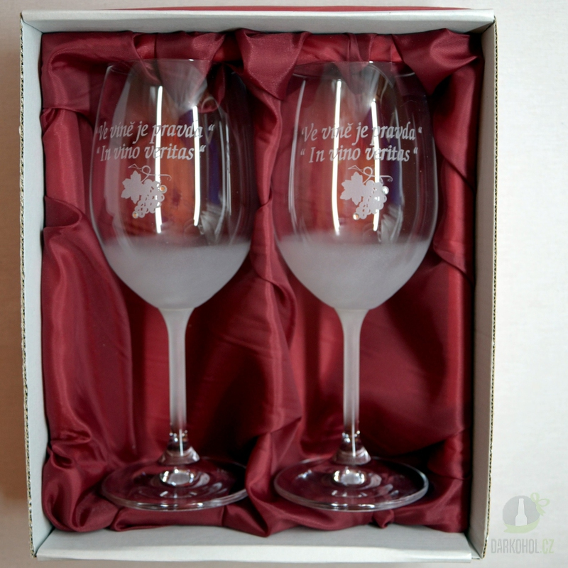 """Hlavní kategorie - Sklenice pískované na víno dvě  0,3l """"Ve víně je..."""""""