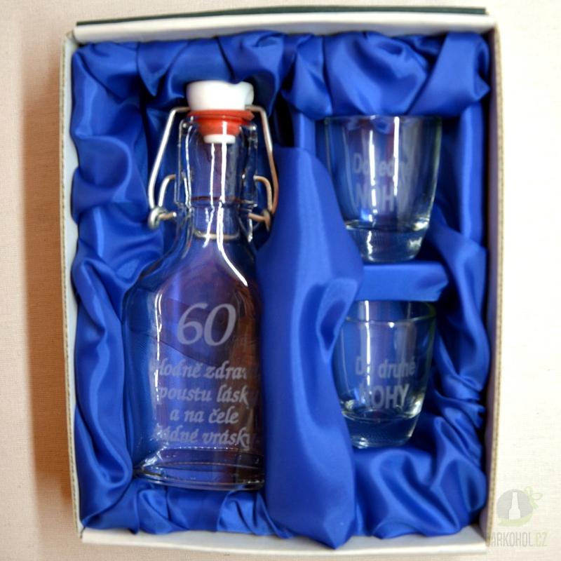 Hlavní kategorie - Malá sada láhev pískovaná Butylka dva panáky 60 let 0,1l