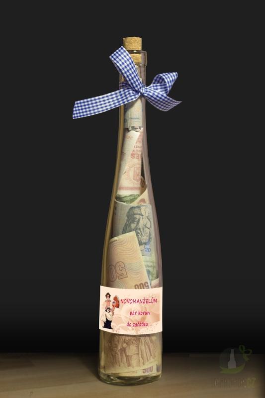 Hlavní kategorie - Láhev s bankovkami-Novomanželům,pár korun do začátku