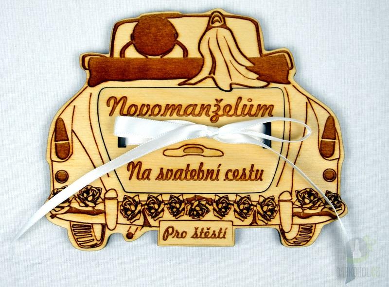 Hlavní kategorie - Dřevěné auto s kapsičkou na peníze - svatební (malé)