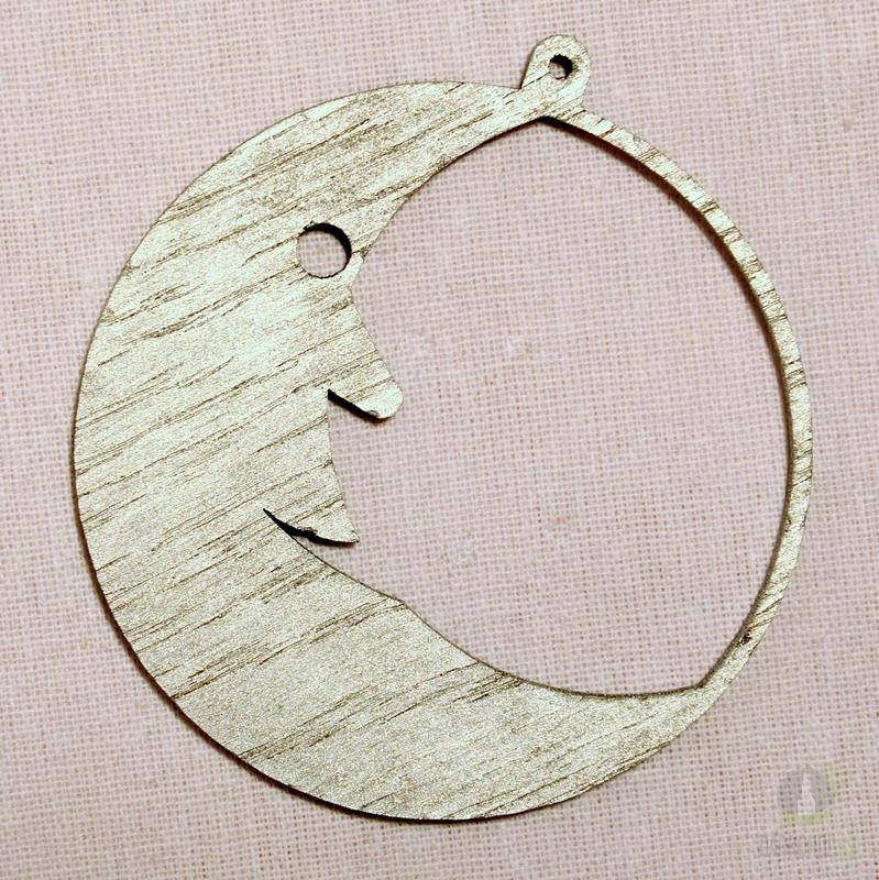 Sezónní dárky - Ozdoba měsíc v kruhu stříbrná