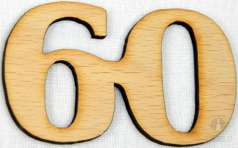 Hlavní kategorie - Ozdoba číslo 60 přírodní