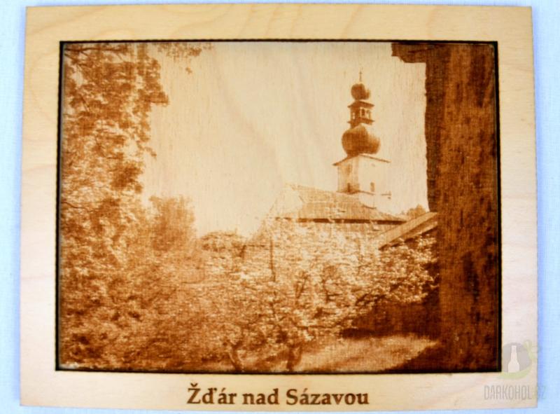 Suvenýry Žďár nad Sázavou - Dřevěný gravírovaný obrázek velký-Kostel