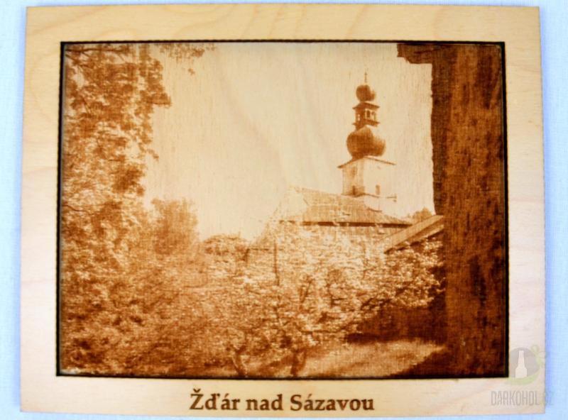 Suvenýry Žďár nad Sázavou - Dřevěný gravírovaný obrázek velký-Zelená hora