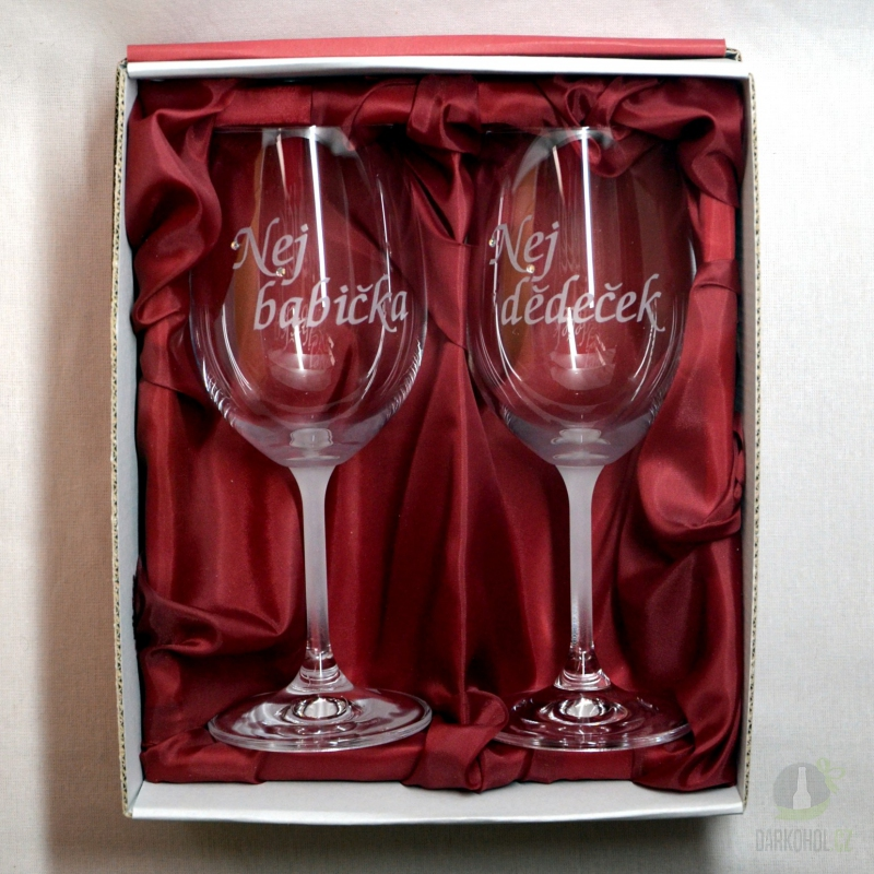 Hlavní kategorie - Sklenice pískované na víno dvě 0,3l Nej Babička-Dědeček