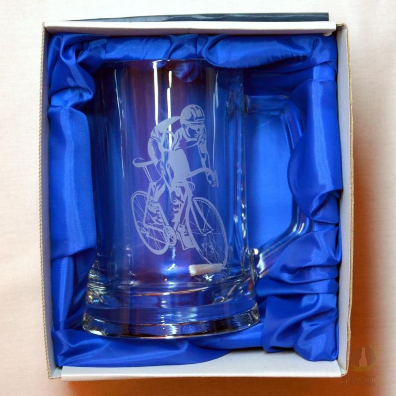 Hlavní kategorie - Půllitr pískovaný s uchem Cyklista