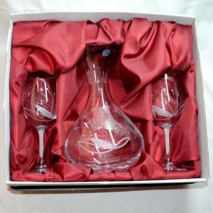 Souprava karafa pískovaná dvě sklenice s kamínky na víno