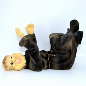 Stojan na víno mnich ležící